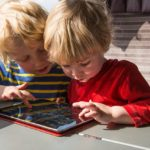 The Do's and Don'ts of Sharing Kids' Photos Online