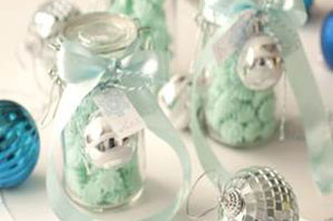 Cheap DIY Christmas Gifts From Your Kitchen