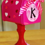DIY Valentine Mailboxes - FREE Printable