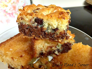 The Best Chocolate Chip Blondies