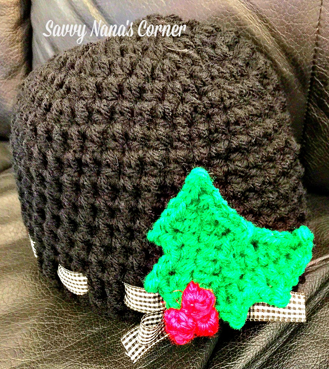 Ribboned Beanie with Holly Berry Pin – FREE Pattern