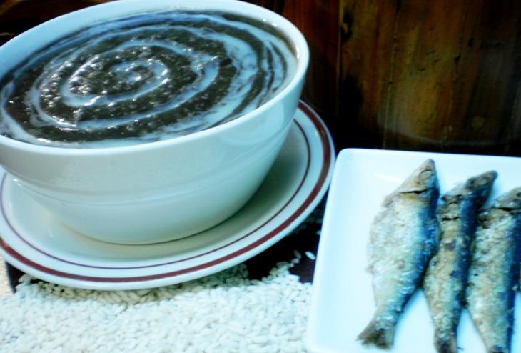 Champorado:  Filipino Chocolate Rice Porridge