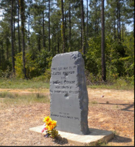 Bonnie & Clyde Massacre Site Gibsland, Louisianna Courtesy of Only in Your State