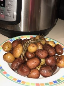 instant pot roasted rosemary potatoes