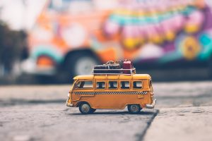4 Tips to Moving Your Stuff While Traveling
