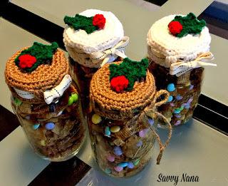 Crocheted Holiday Mason Jar Lid Covers – Free Pattern