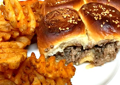 Cheeseburger Sliders – Super Easy!