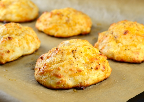 Cheddar Biscuits Recipe – Just Like Red Lobster's! (Well Almost)