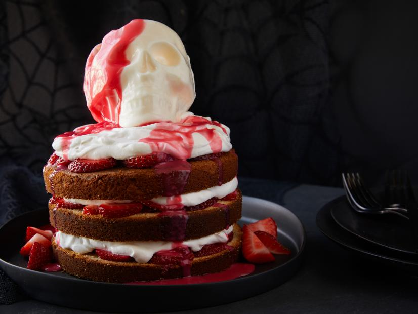 Halloween Strawberry Shortcake Skull Cake