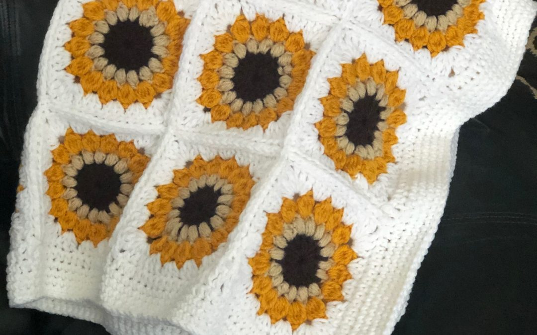 Sunflower Granny Square Blanket – Free Pattern