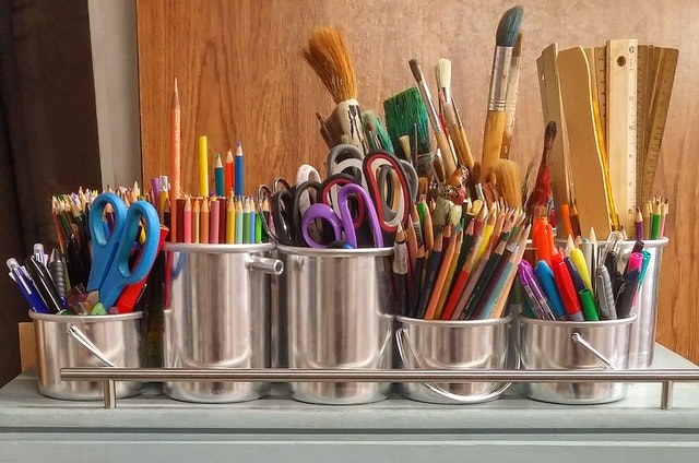 3 Ways to Introduce Arts and Crafts to Your Kids